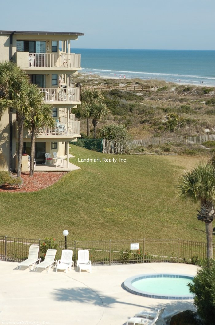 Click here to enlarge the picture of Colony Reef Condos