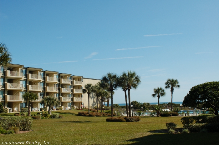 All the condos in the oceanfront section are; single level, 1080 sq.ft., three bedroom flats.