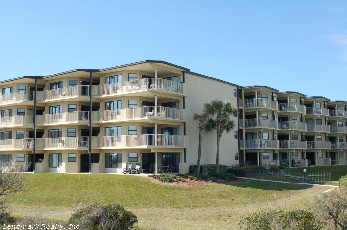 Colony Reef's oceanfront section are some of the nicest condos on the beach