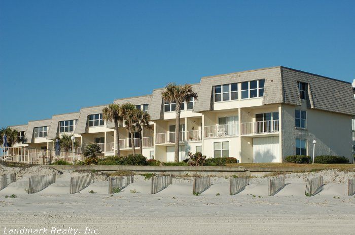 Coquina Condo offers two floor plans each being about 1200 square feet.