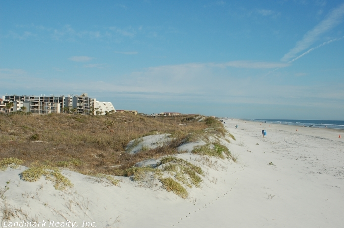 Built in 2001, Florida Club condos are newer than most St. Augustine and Crescent Beach condos.