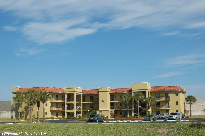 Click here to enlarge the picture of Ocean Village Club Condos