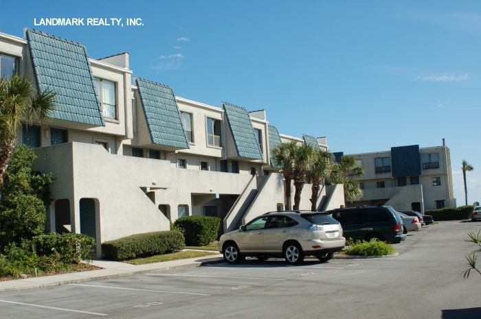 Click here to enlarge the picture of Pier Point South Condo