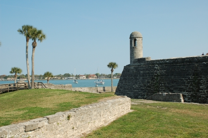 Click here to enlarge the picture of St Augustine