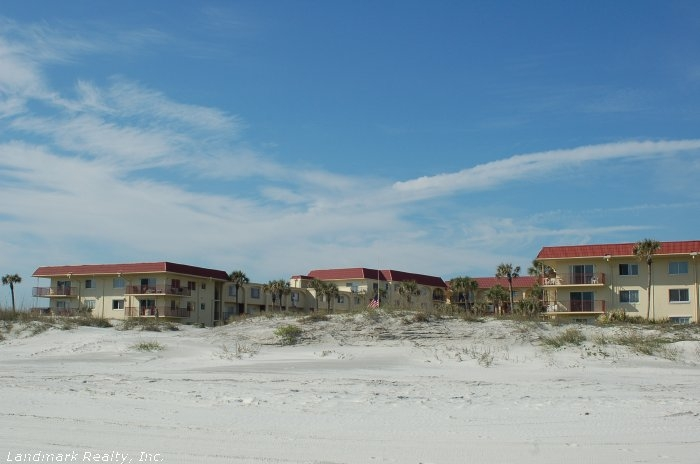 Click here to enlarge the picture of Spanish Trace Condos