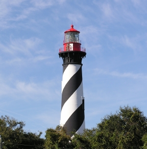 Click here to enlarge the picture of a lighthouse at St Augustine Beach
