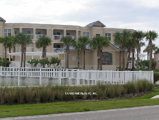 Florida waterfront condos is a web site designed for buyers interested in real estate for sale in Florida.